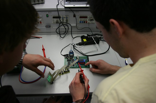 Mechatronics engineering Projects In Hindi